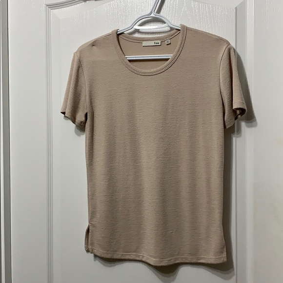 Wilfred baby pink tee